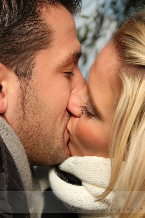 bryster kyssing menn dating hjelp