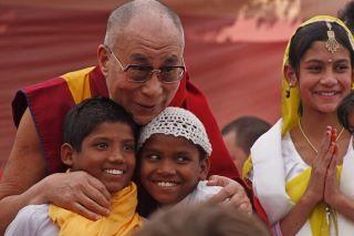 Dalai Lama & children