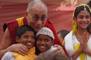 ♥Dalai Lama wisdom – Live one day at a time… & make it a