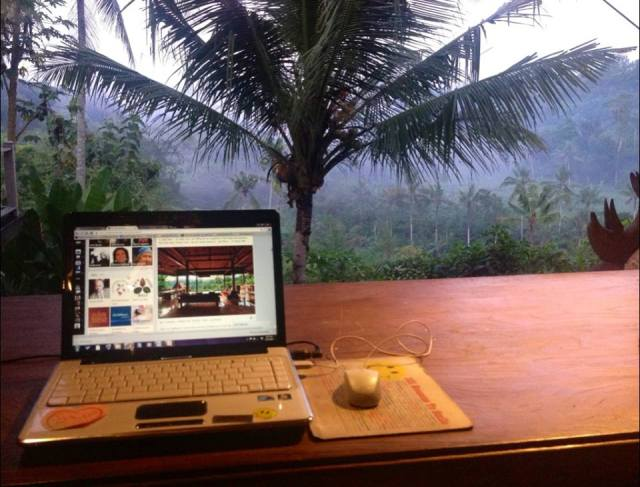 Pondok - morning writing place